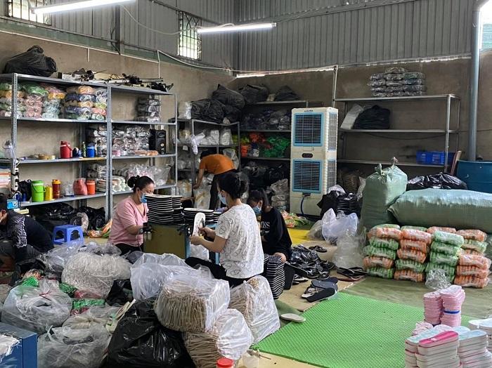 Cơ sở sản xuất giày dép xốp