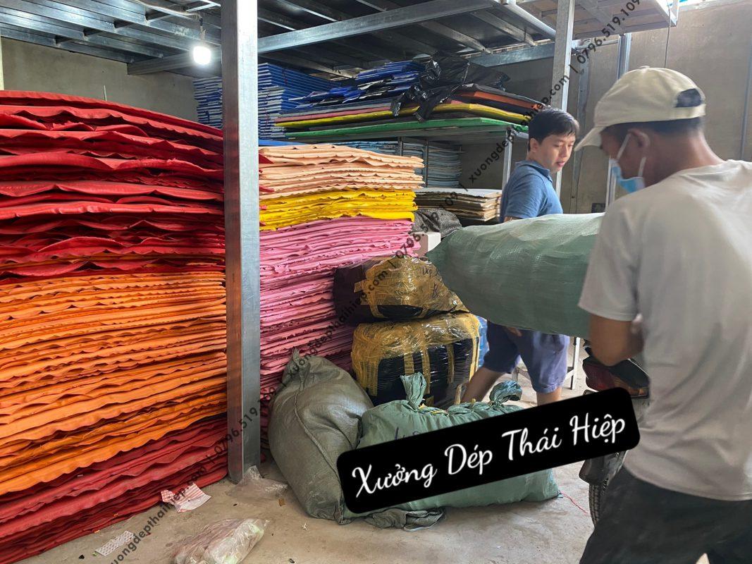 Cơ sở sản xuất giày dép HCM